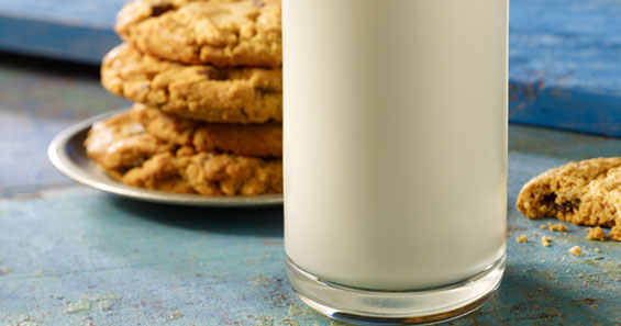 Milk and cookies image_Product support whole white milk_Promised Land Dairy